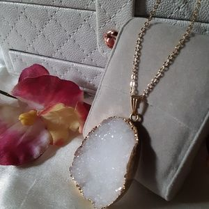 Jewelry - White Druzy & Gold painted Necklace NWOT